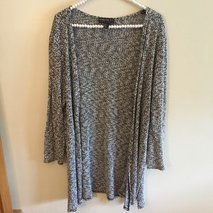 Forever 21+ gray cardigan sweater w/ side slits 3x